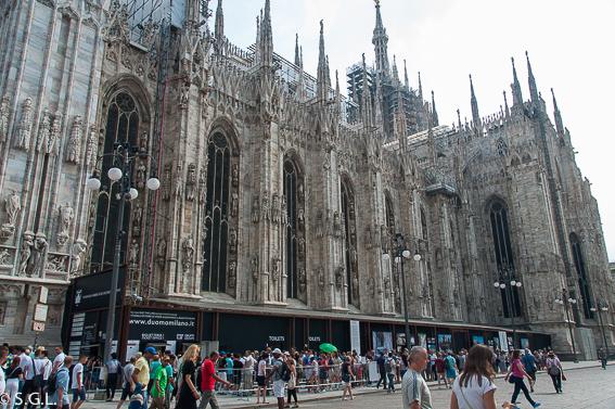 Cola de la taquilla catedral de Milan