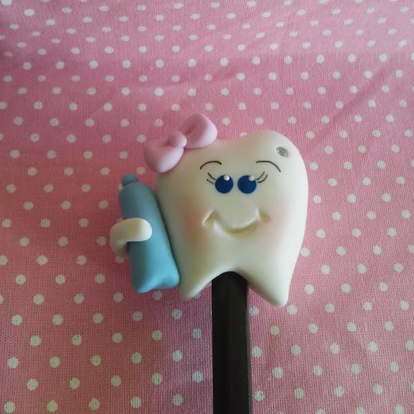 Dentinhos na Ponteira do Lápis