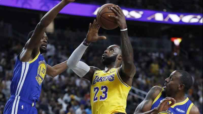 LeBron James once again playing Christmas game at home of defending NBA champ