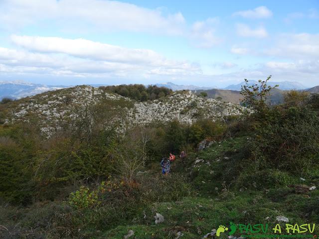 Camino a la Peña Cebeo desde el Sienra