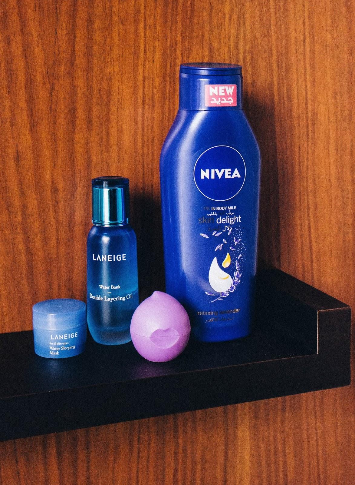 Skin oil and moisturiser for winter