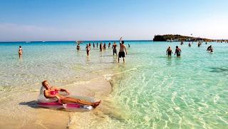 20 πράγματα που μας τη δίνουν στις παραλίες