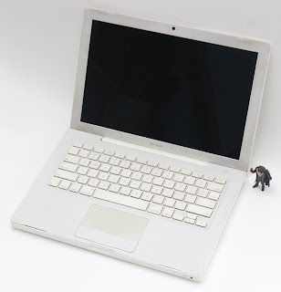 MacBook Core2Duo (13-inch, Early 2008)