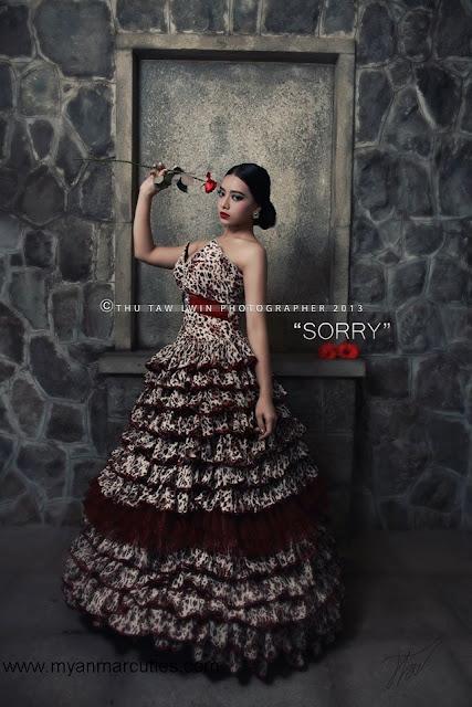 Su Myat Noe Kyaw with blouse fashion and rose