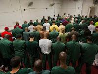 Ratusan Narapidana Putuskan Jadi Mualaf Di Penjara New York, Begini Ceritanya!!!!