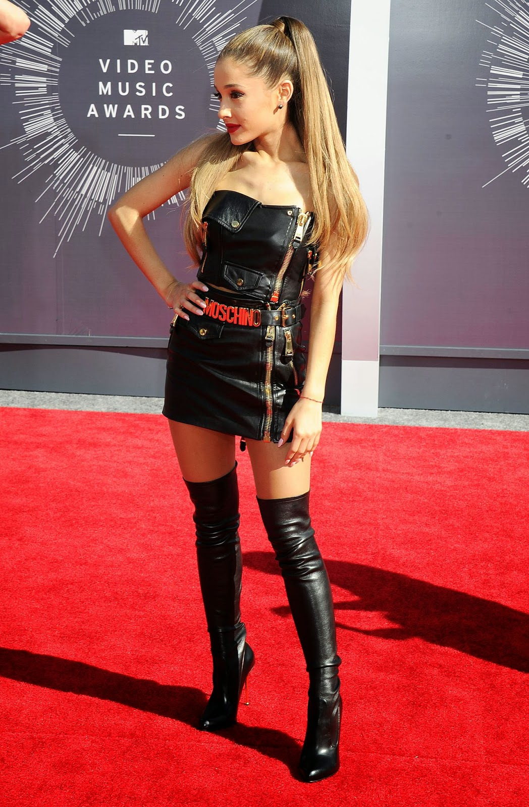 Ariana Grande in leather outfit – 2014 MTV Video Music Awards in Inglewood #VMA