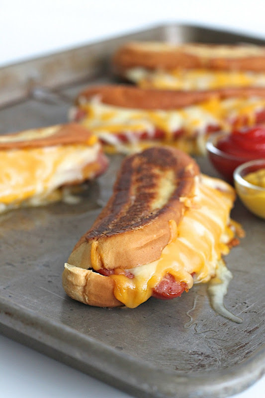Grilled Cheese Hot Dogs #Recipe