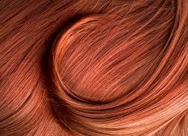 اللون الأشقر المحمر