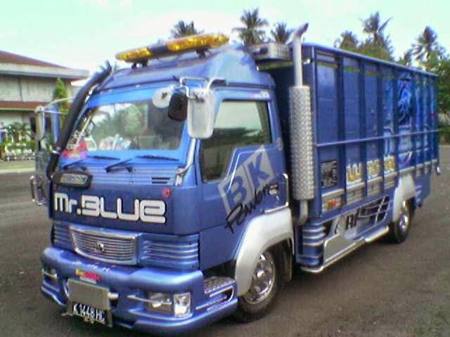Kumpulan Gambar Modifikasi Mobil Truk Hino Lohan Dutro Ranger Paling Keren