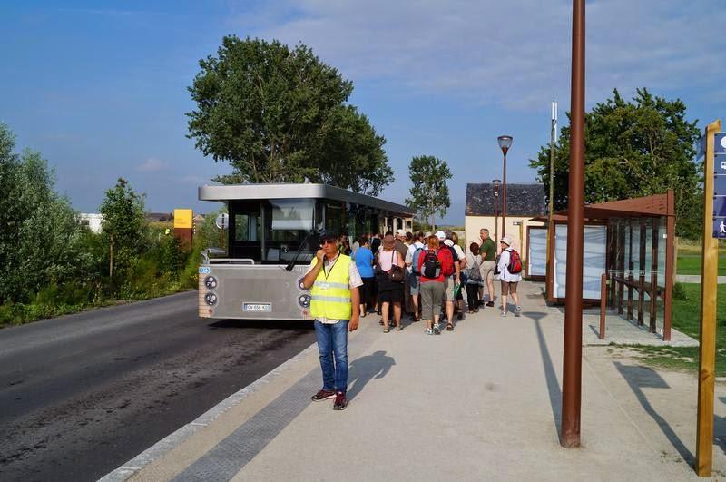 navettes mont saint Michel, buses, shuttles al monte San Michel