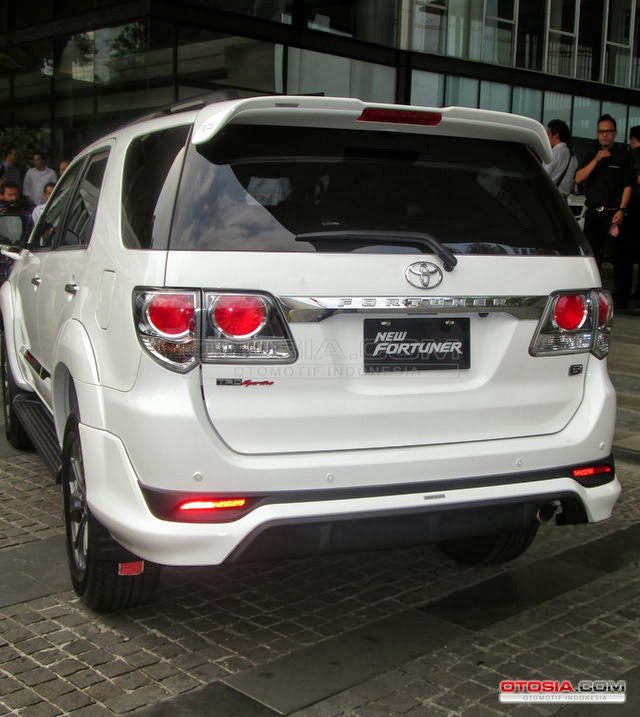 Foto New Toyota Fortuner Lautoshow Cars