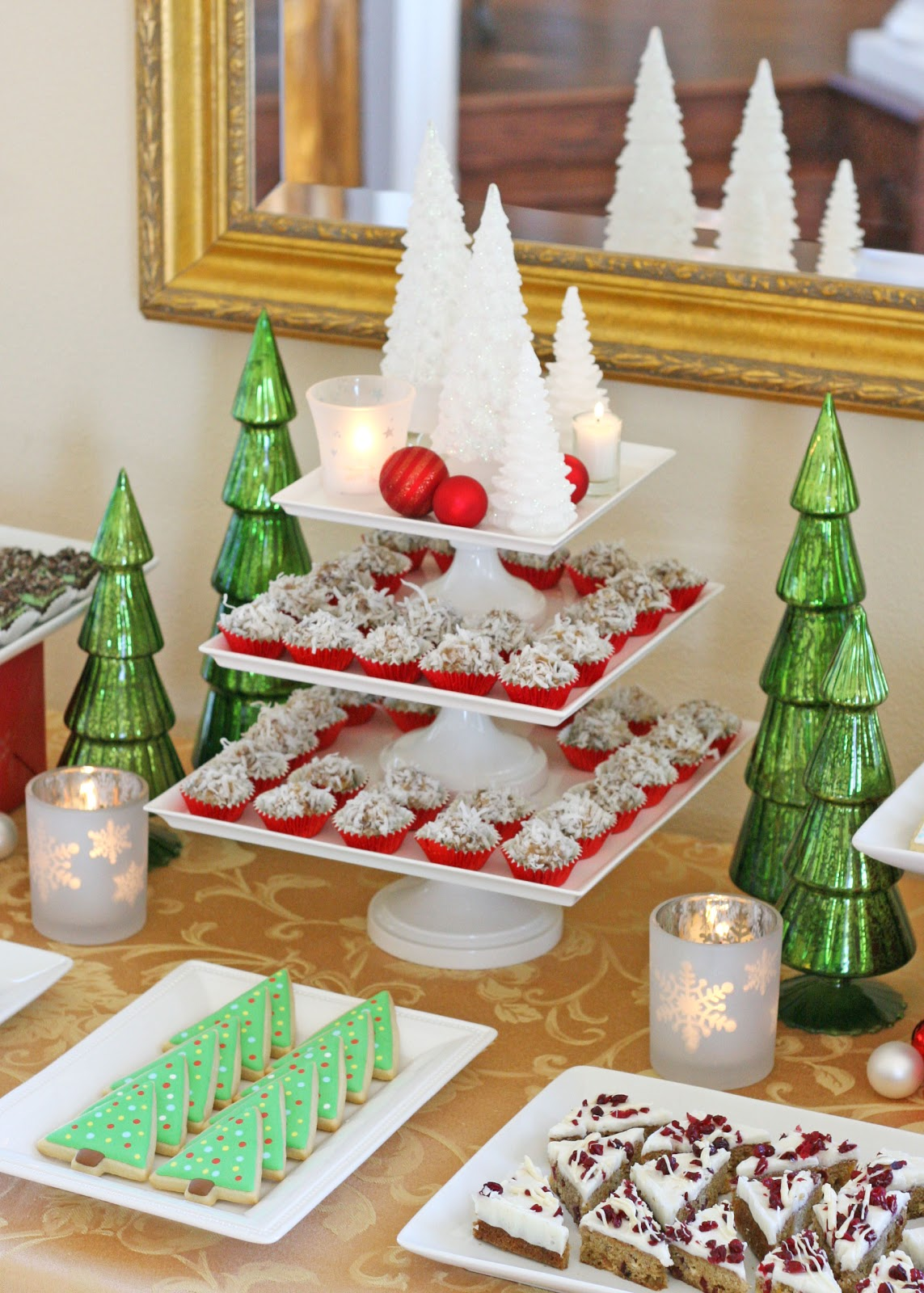 Christmas Birthday Party.Classic Holiday Dessert Table Glorious Treats