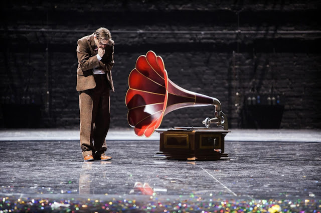 Lerner & Loewe: My Fair Lady - Komische Oper, Berlin (Photo Iko Freese drama-berlin.de)