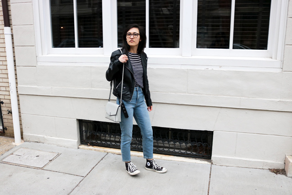 Leather jacket striped t-shirt and jeans with converse outfit