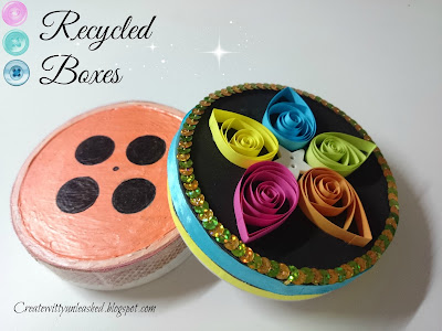 Recycled boxes button shape