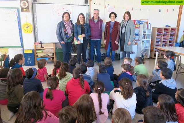 El Cabildo fomenta los valores de igualdad mediante un taller coeducativo de cuentos para alumnado de Infantil y Primaria