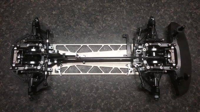 Chassis McFactory para Serpent 4X