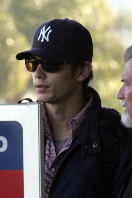 d5cbec05 New Era Middle East: Style Inspiration: James Franco a fan of New ...