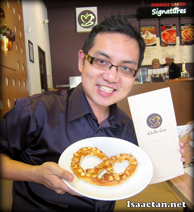 Isaac Tan at ChillaCup promoting their delicious Caramel Almond Pretzels!