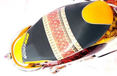 Foto Modifikasi Honda Scoopy, Buat Pecinta Batik Jawa