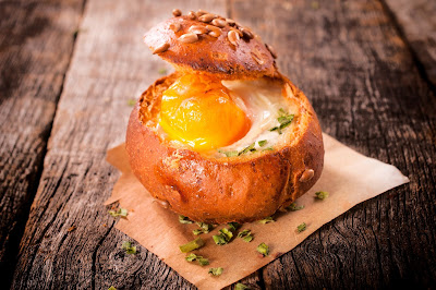 Baked Egg in Bread Bowls
