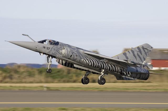 Una empresa de EEUU compra 22 aviones Mirage F1 del Ejército del Aire.