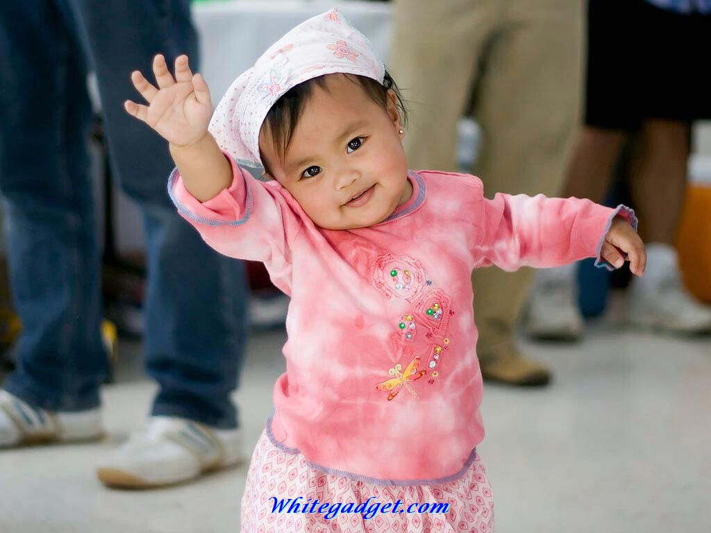 Cute Laughing Baby Wallpapers: Funny Babies Images