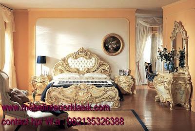 jual italian furniture,tempat tidur ukiran italian furniture luxurious,TOKO JATI|MEBEL INTERIOR KLASIK|FURNITURE KLASIK MEWAH|MEBELTREMBESI JEPARA  JUAL MEBEL JEPARA|MEBEL KLASIK JEPARA|MEBEL UKIR JEPARA|MEBEL DUCO|MEBEL CLASSIC EROPA|MEBEL FRENCH STYLE VINTAGE|SCANDINAVIAN|