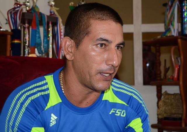 El villaclareño quiere impregnarle su escuela al equipo Cuba Sub-23 que va camino al Panamericano en Panamá Foto: Arelys María Echevarría
