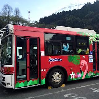 2代目のラッピングバス