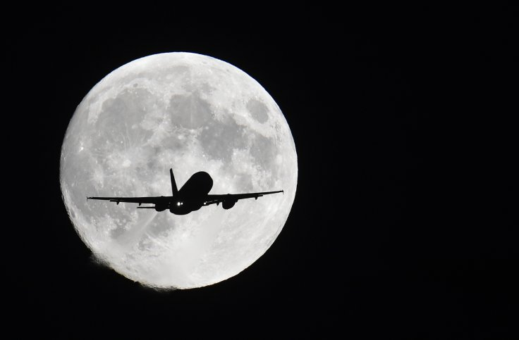 aircraft and full supermoon