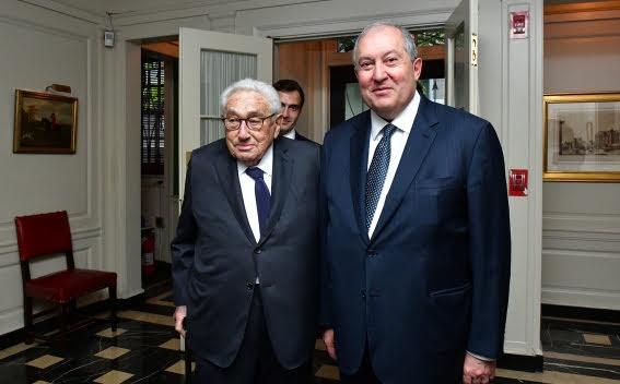 Henry Kissinger visitará Armenia por invitación de Sargsyan