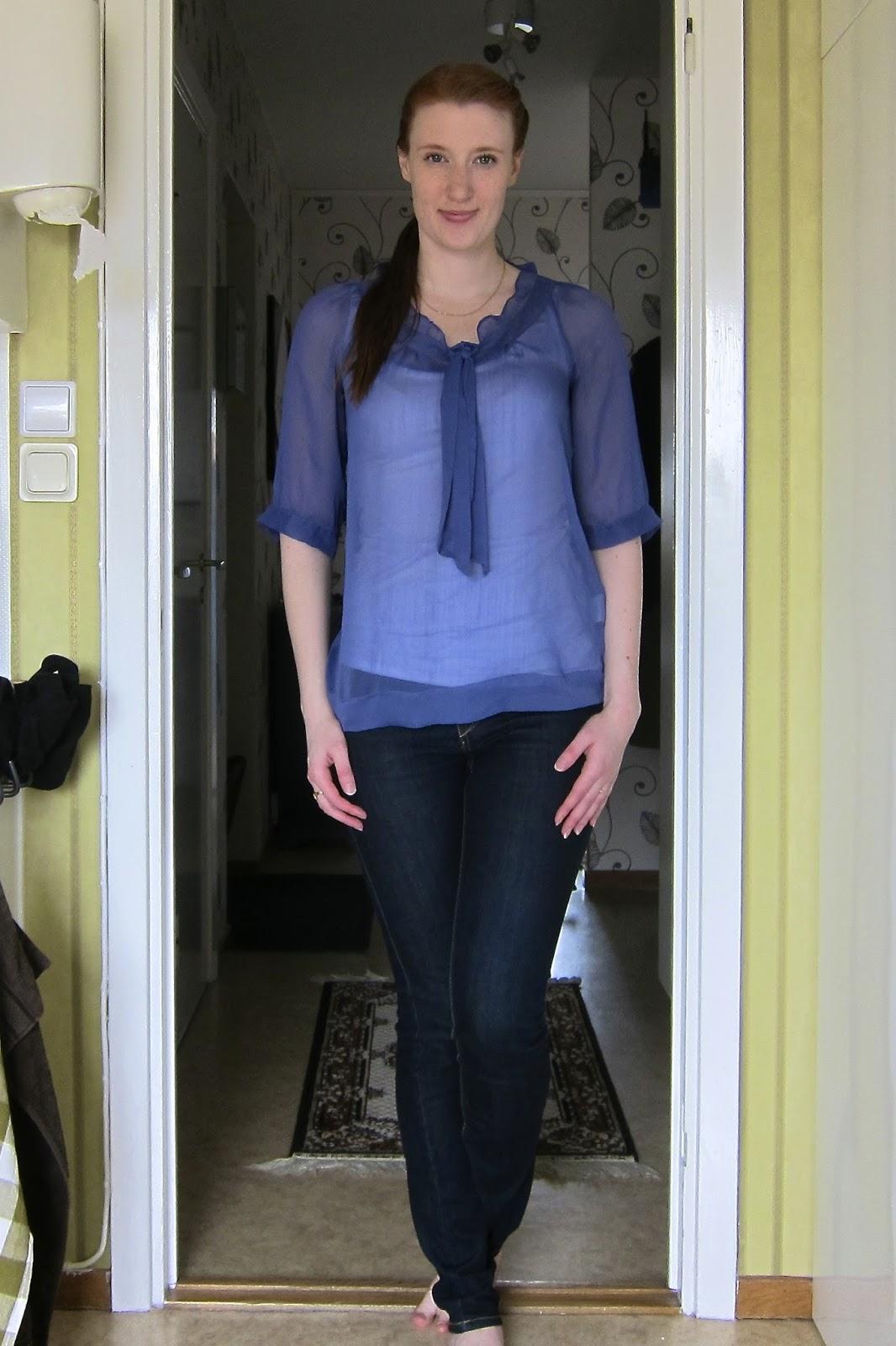 ed7377b9d8d6 Blus - Bik Bok, 2010 Linne - 365 Sunshine, 2012 Jeans - Dobber, 2012