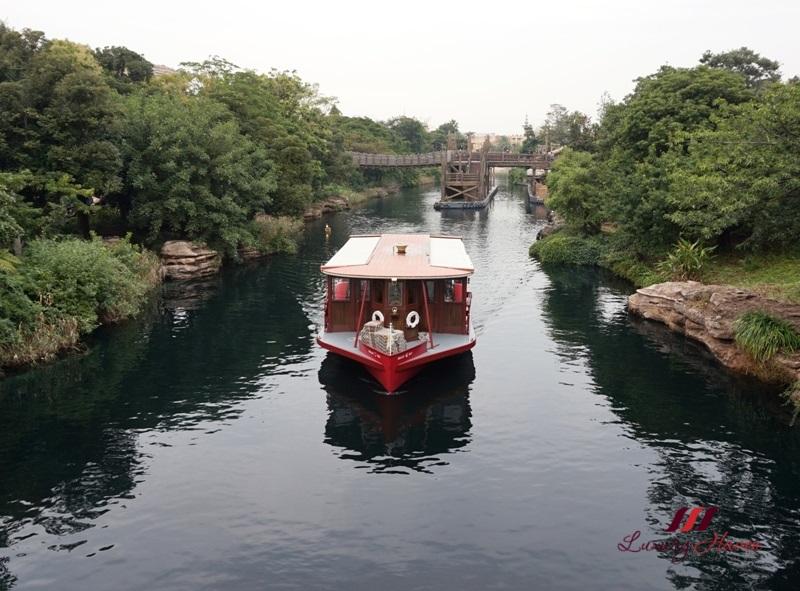 mediterranean harbor disneysea transit steamer liner