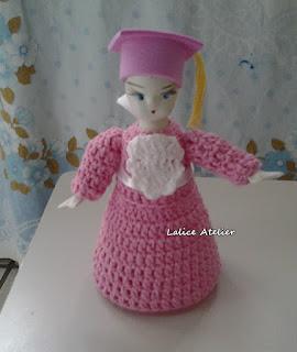 boneca crochê, boneca garrafa pet, boneca formatura, boneca formanda, formatura abc,  formatura abc menina, formatura infantil