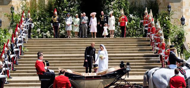 Kate, William, George i Charlotte na ślubie księcia Harry'ego i Meghan Markle - podsumowanie + więcej