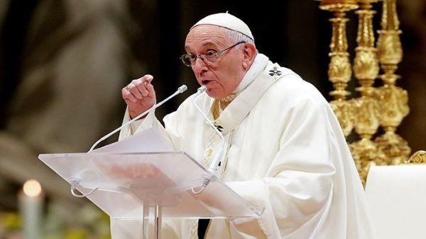 Papa Francisco inicia visita a Emiratos Árabes Unidos