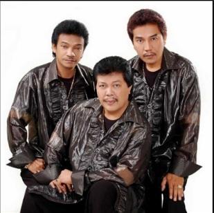Lirik Lagu Diam Bukan Tak Cinta - Trio Ambisi