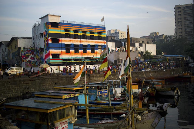 colourful, buildings, boats, sassoon docks, arabian sea, mumbai, india, streetphoto , street photography,
