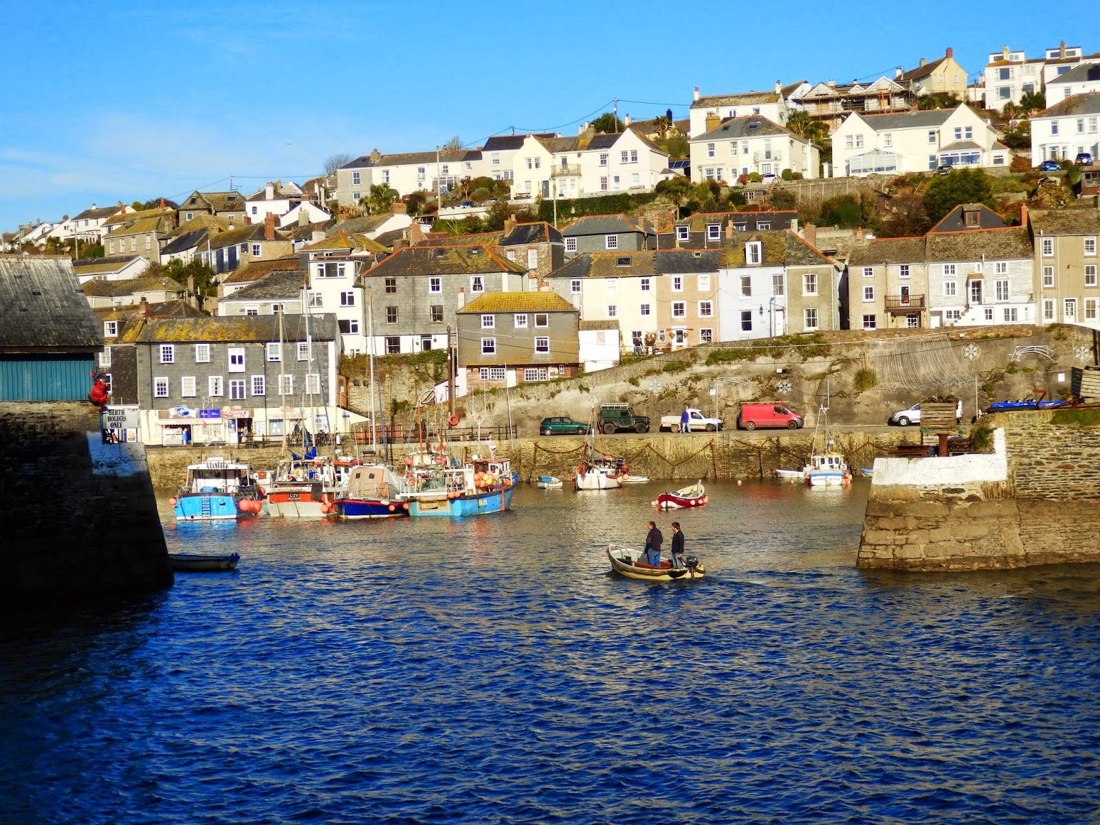 Entrance to inner harbour Mavagissey
