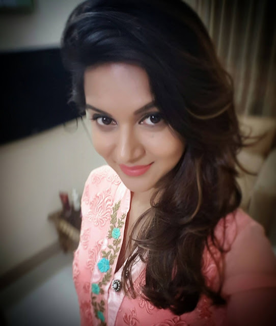 Rafiath Rashid Mithila Selfie