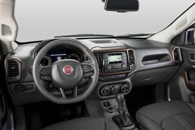 Fiat Toro 2017 - inteiror