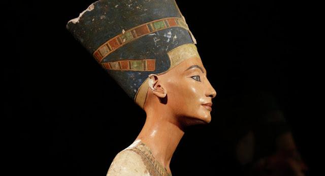 Archaeologist to German Ambassador: Nefertiti belongs to Egypt