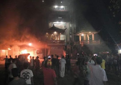 vihara tanjung balai dibakar warga
