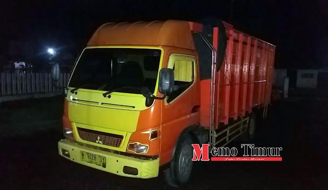 Truck yang digunakan mengangkut kayu curian