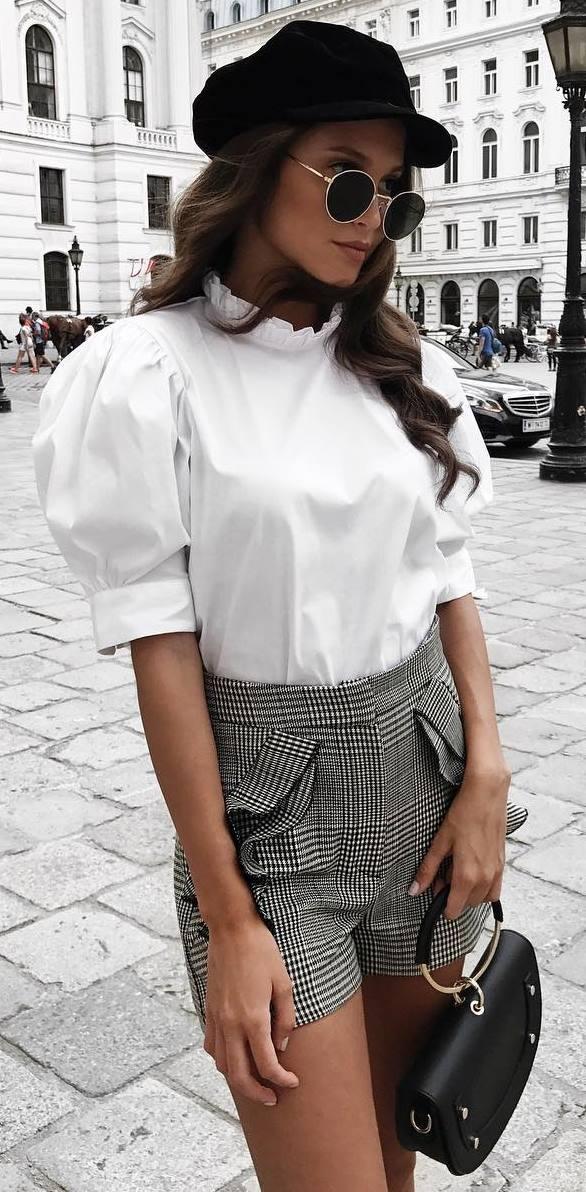 elegant valentines day outfit / black hat + blouse + bag + plaid shorts