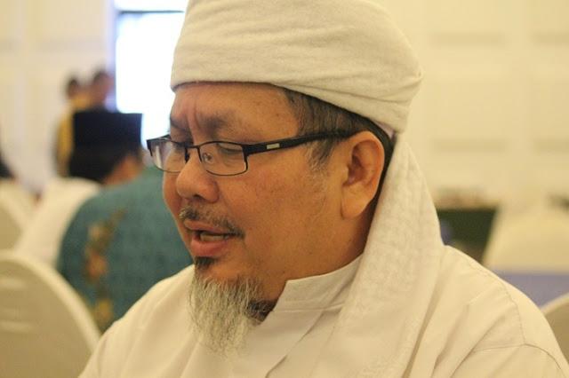 Ustadz Tengku Zulkarnain: Bagaimana Cara Sadarkan Pendukung Fanatik Penista Agama Ya? Tak Tahu Malu Ajari Ulama Arti Islam