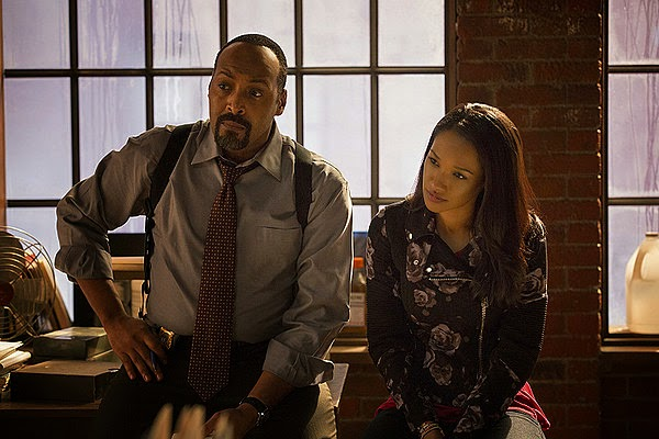 Jesse L. Martin and Candice Patton as Centray City Detective Joe West and his daughter Iris West in CW The Flash Season 1 Pilot Episode 1 City of Heroes