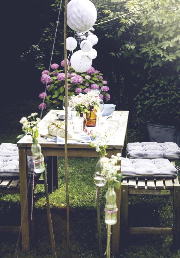 Grillparty im Sommer: Tolle DIYs und Rezepte für ein schönes Fest. By titatoni