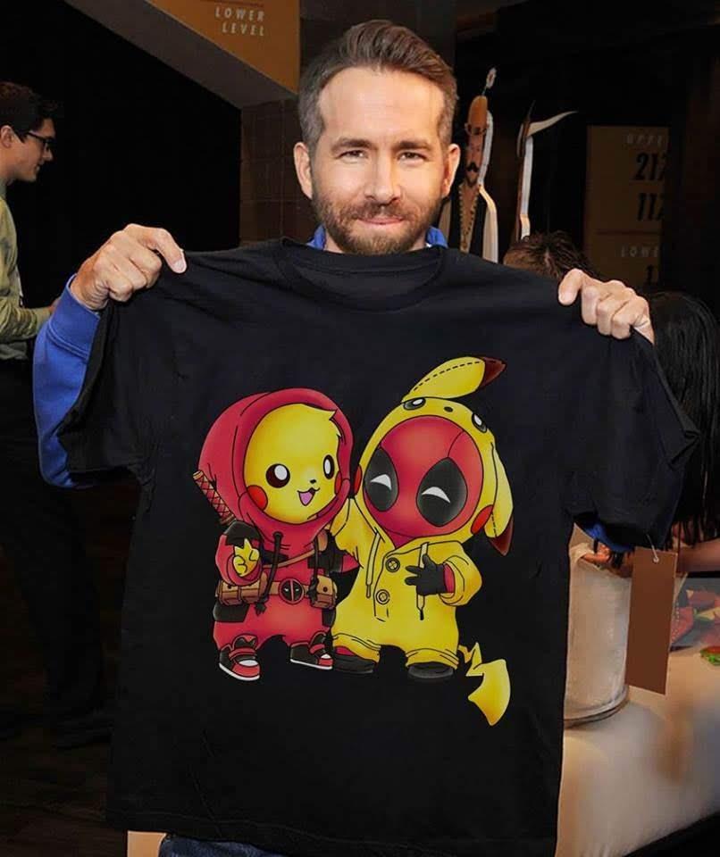 Ryan Reynolds shows his lovely Deadpool ❤ Pikachu T-shirt : デッドプールのくせに、名探偵ピカチュウとしても毒舌を放つライアン・レイノルズのキュートな分身たちの T シャツ😚